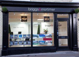 Brexit chaos hits UK property market